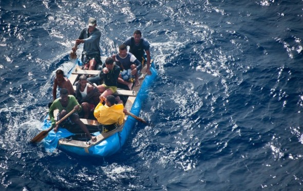 Παράτυποι μετανάστες: Παιχνίδια με τις λέξεις