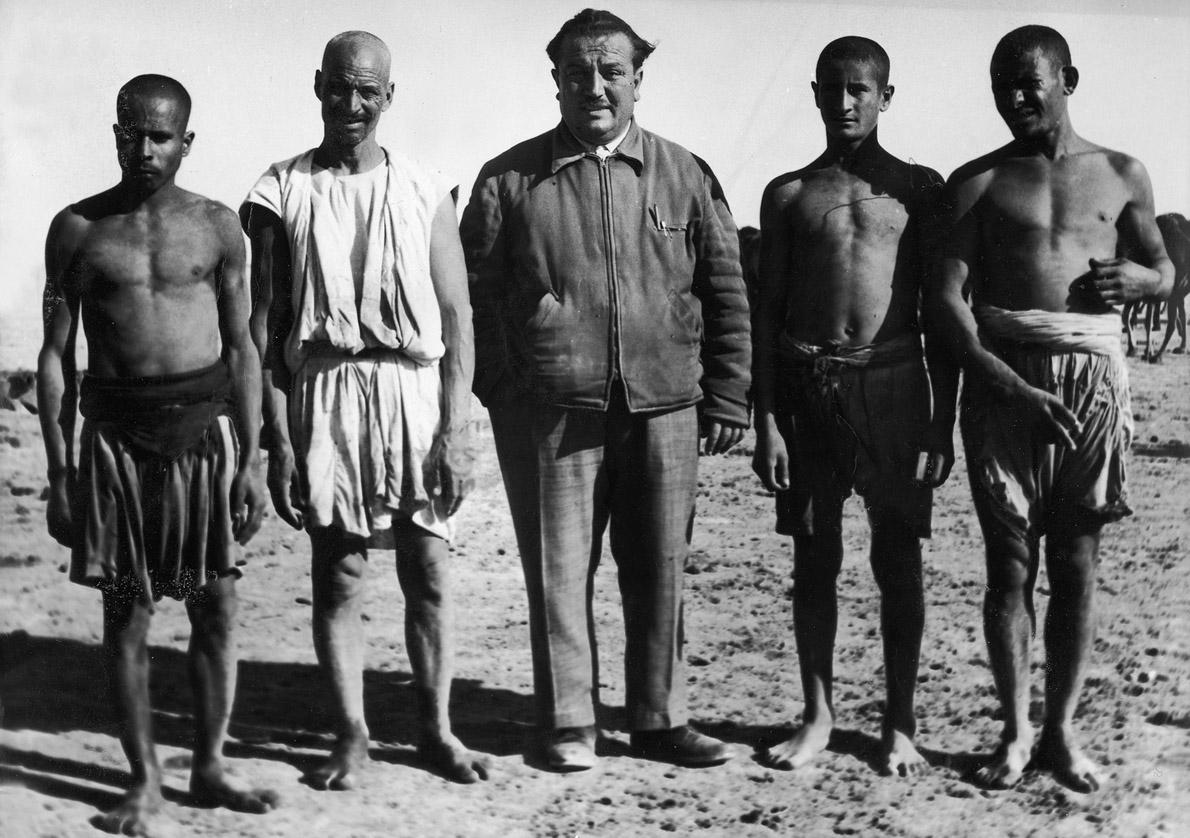 Ανάμεσα στους ιθαγενείς της Σαχάρας.