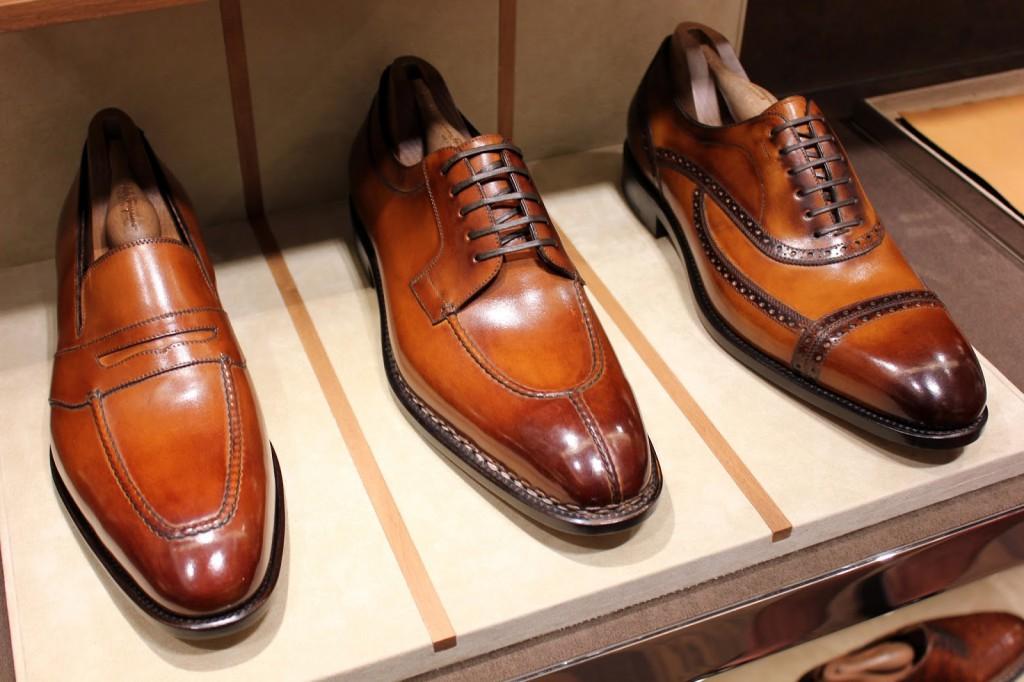 Ο Salvatore Ferragamo είναι εκείνος που είχε την ικανότητα να κάνει τα παπούτσια στενά απ' έξω και φαρδιά από μέσα.