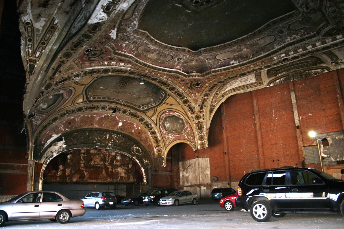 Σε ανάλυσή της, η Detroit Free Press προσδιορίζει ως κύριο αίτιο της χρεοκοπίας του Ντιτρόιτ την συνεχώς αυξανόμενη φορολογία. Photo Credit: ithinkx/flickr