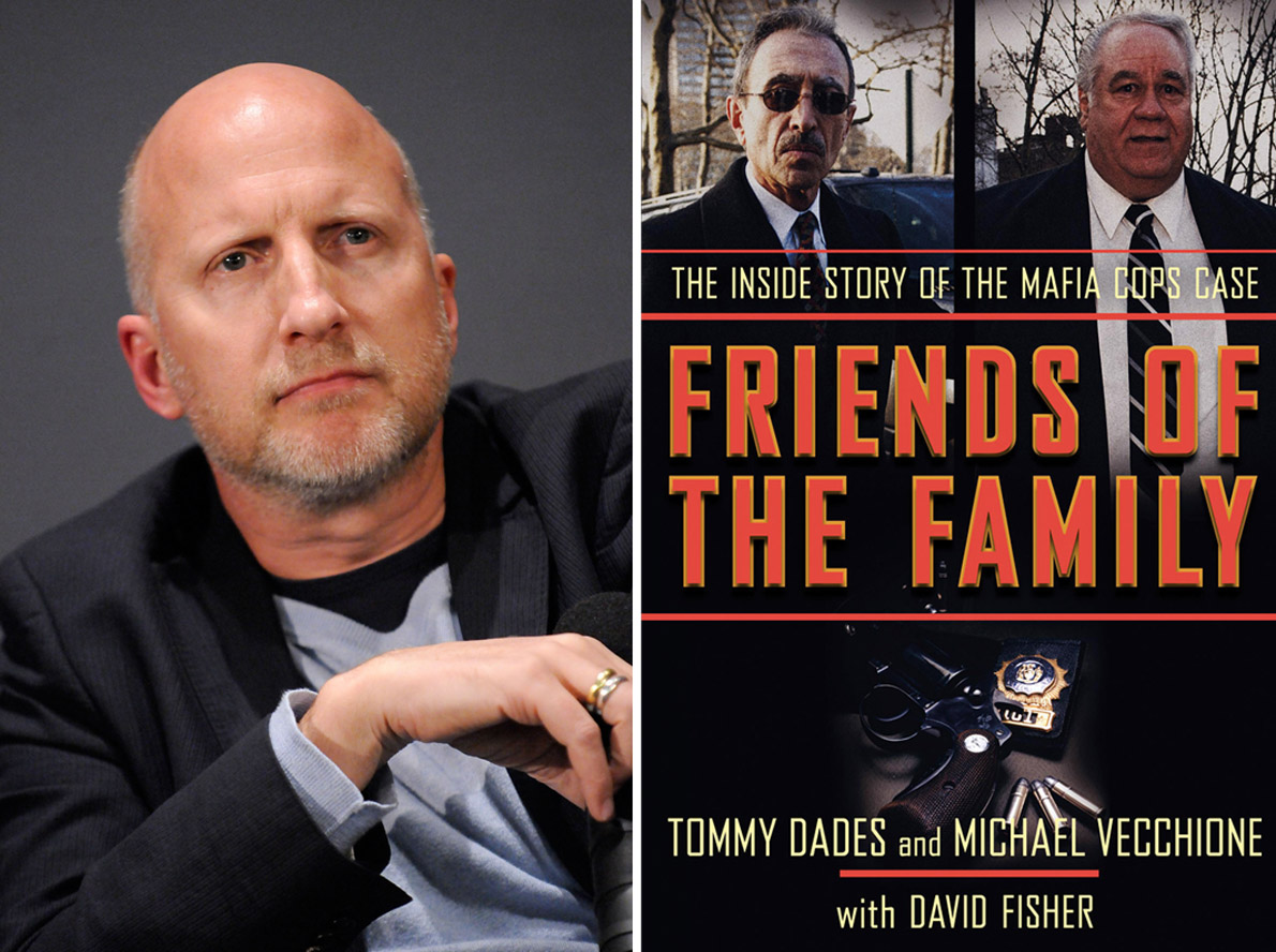 """Ο John Hillcoat σκηνοθέτησε το βιβλίο των Τόμι Ντάντη και Μάικλ Βεκιόνε """"Friends Of Family"""" που κυκλοφόρησε την Άνοιξη του 2009 στις ΗΠΑ."""