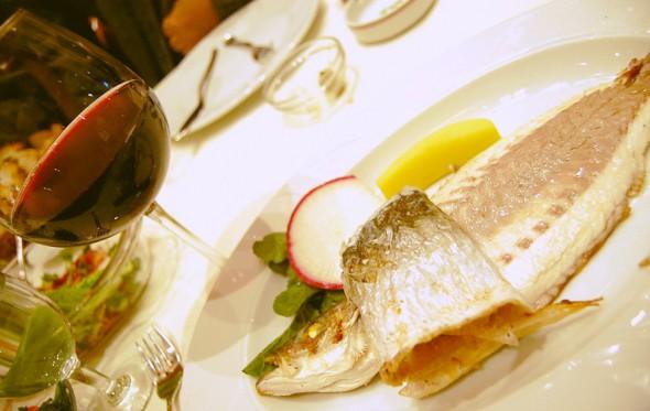 Top 5 κόκκινα κρασιά για ψάρι