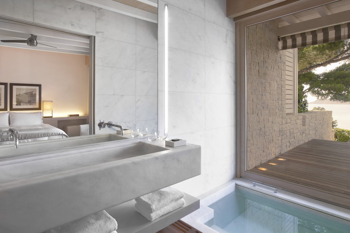 lux1984gb-112026-Bungalow - sea view Bathroom