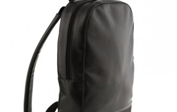 12 backpacks, υπέροχα ακόμα και με κοστούμι
