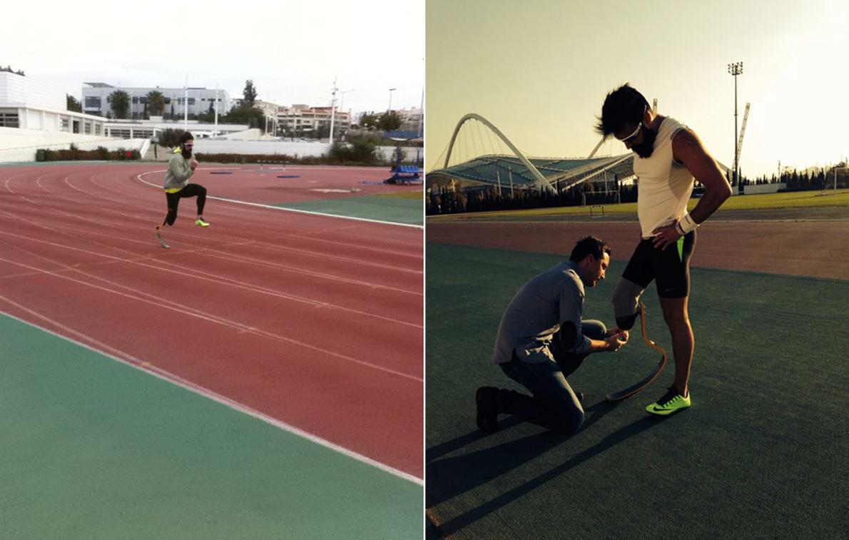 Αριστερά: Ο Μιχάλης Σεΐτης ρυθμίζει το αγωνιστικό τεχνητό μέλος κατά τη διάρκεια προπόνησης με φόντο το ΟΑΚΑ. Δεξιά: Ο Μιχάλης Σεΐτης ρυθμίζει το αγωνιστικό τεχνητό μέλος κατά τη διάρκεια προπόνησης με φόντο το ΟΑΚΑ.
