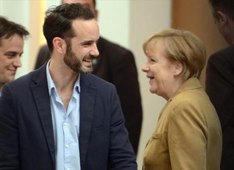 """""""Τον Απρίλιο του '14, ο Νίκος Νανάς, εκπροσωπώντας το Noowit, συμμετείχε σε συνάντηση που διοργάνωσε το ελληνικό πρωθυπουργικό γραφείο μεταξύ της Γερμανίδας καγκελαρίου και 20 από τις περισσότερο υποσχόμενες ελληνικές start ups""""."""