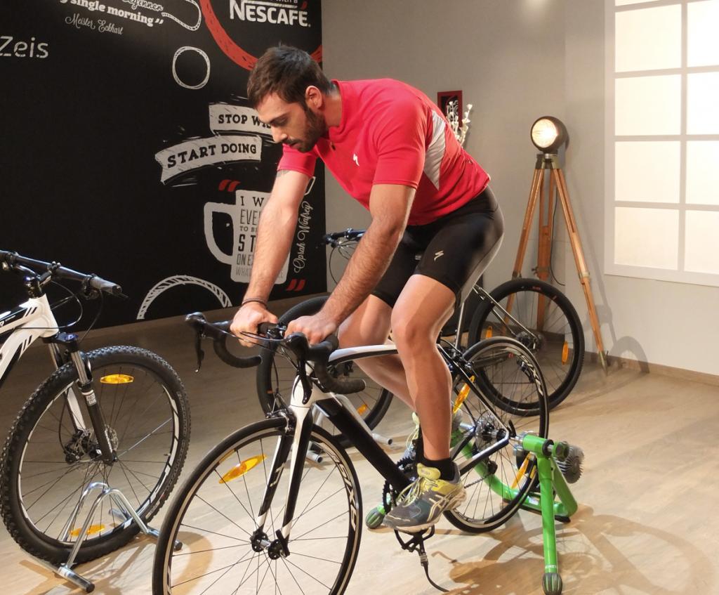 Ο instructor ποδηλασίας Βαγγέλης Ζαρουχλιώτης μας μαθαίνει πως να κάνουμε σωστά πεντάλ. Αν νομίζετε πως ξέρετε, ρίξτε μια ματιά στο πρώτο επεισόδιο του NescafeForStarters.