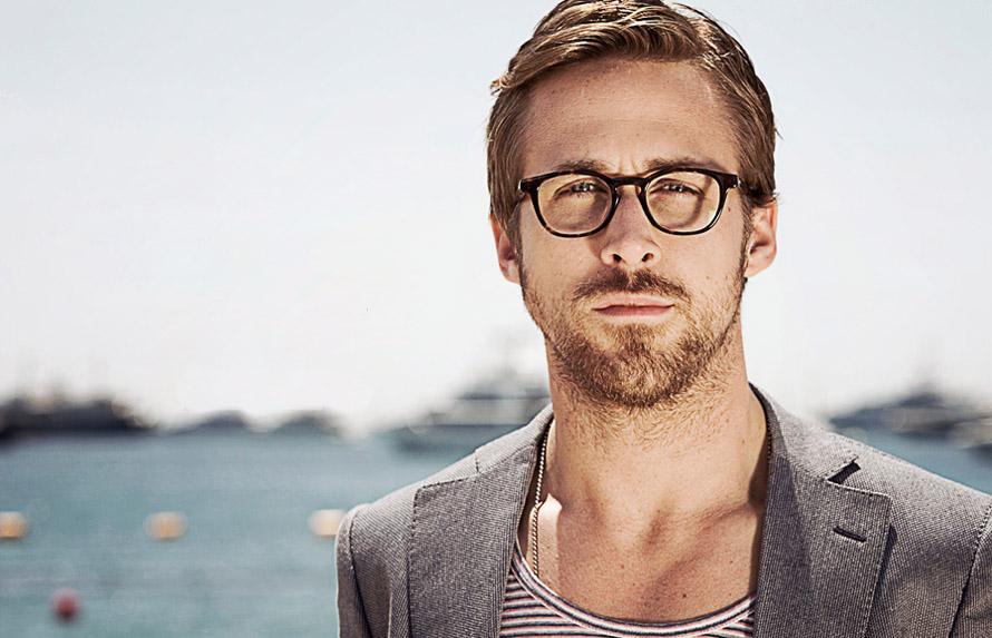 Ο Ryan Gosling. Photo Credit: MrPorter