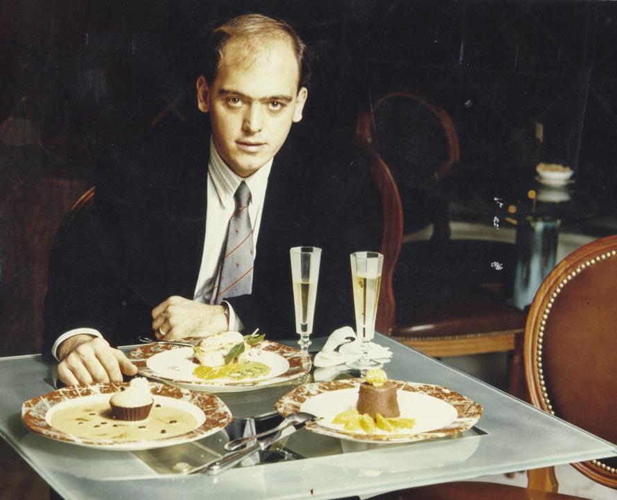 Στο εστιατόριο, στο πατάρι του «Fresh» της οδού Σέκερη (1989)