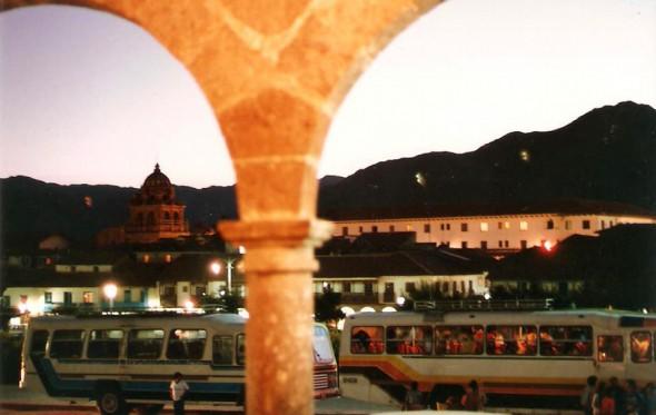 Καυτές ανάσες στο χαντάκι, μια νύχτα στο Περού