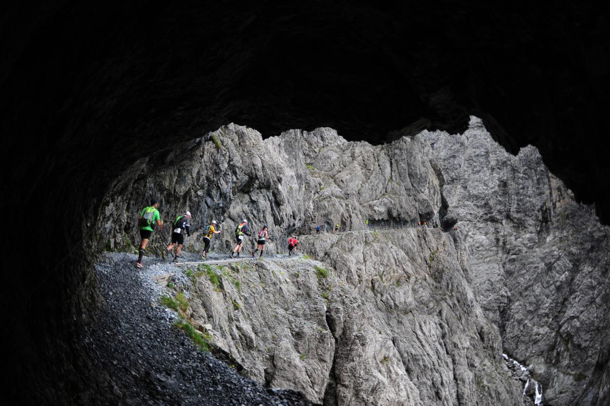 Transalpine 2011, πέρασμα του αγώνα στη διαδρομή της έκτης μέρας.