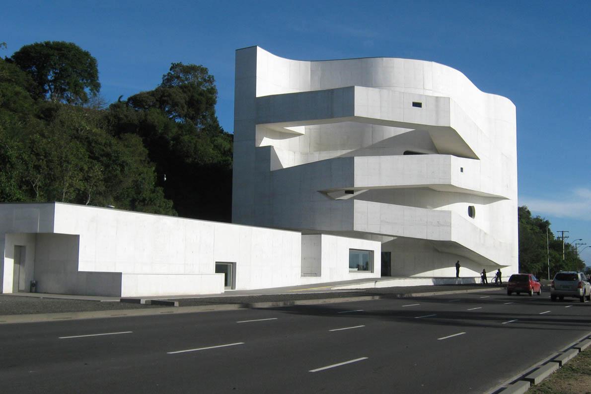 Ibere Camargo Foundation, αρχιτέκτων: Alvaro Siza