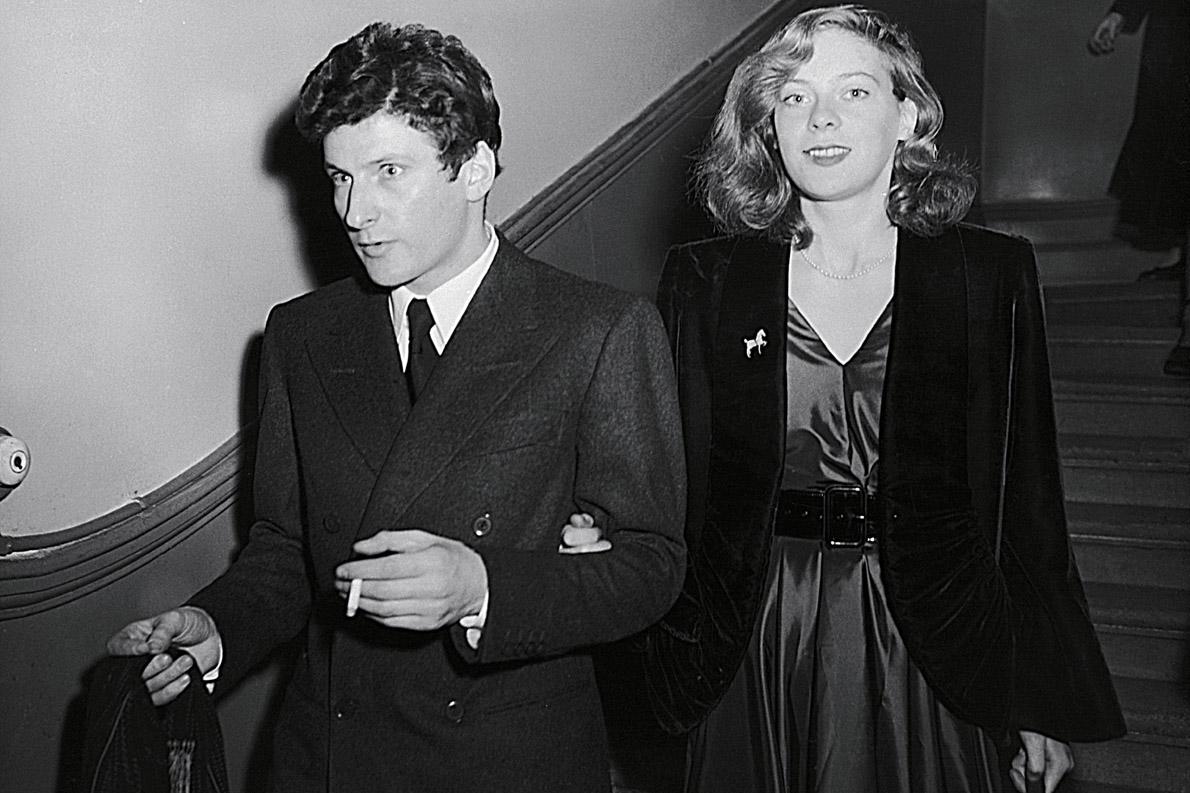Με την δεύτερη σ΄θζηγό του, λαίδη Caroline B;ackwood το 1953.